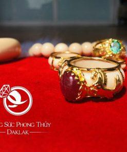 Nhẫn 2 ngựa vàng 18K đính Sapphire đỏ đẹp