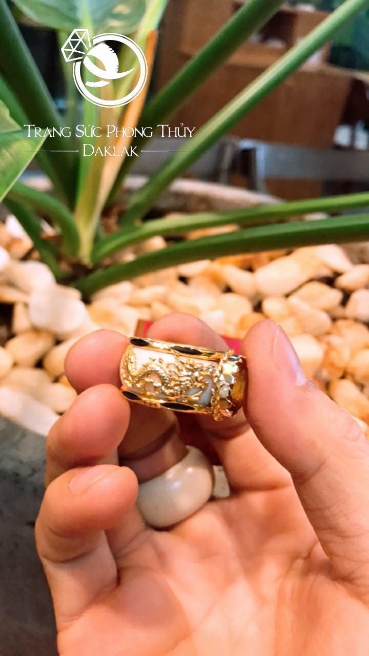 Nhẫn phong thủy cho nam lông voi đá vàng tphcm