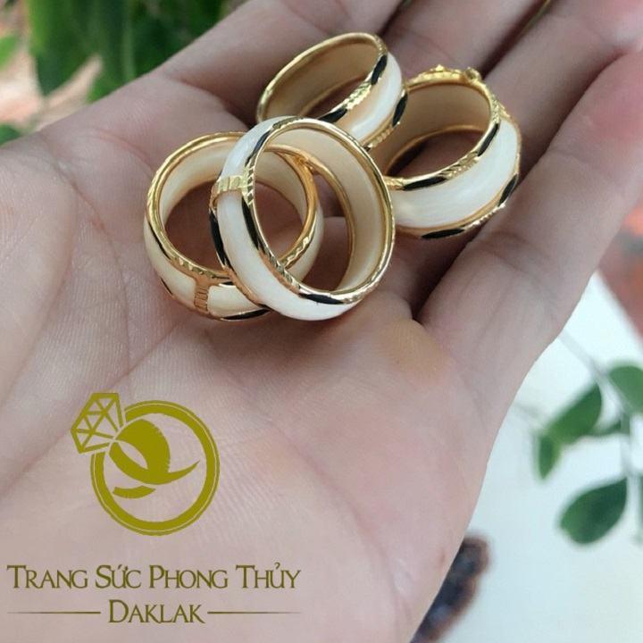 Nhẫn phong thủy lông voi viền bằng vàng giá rẻ