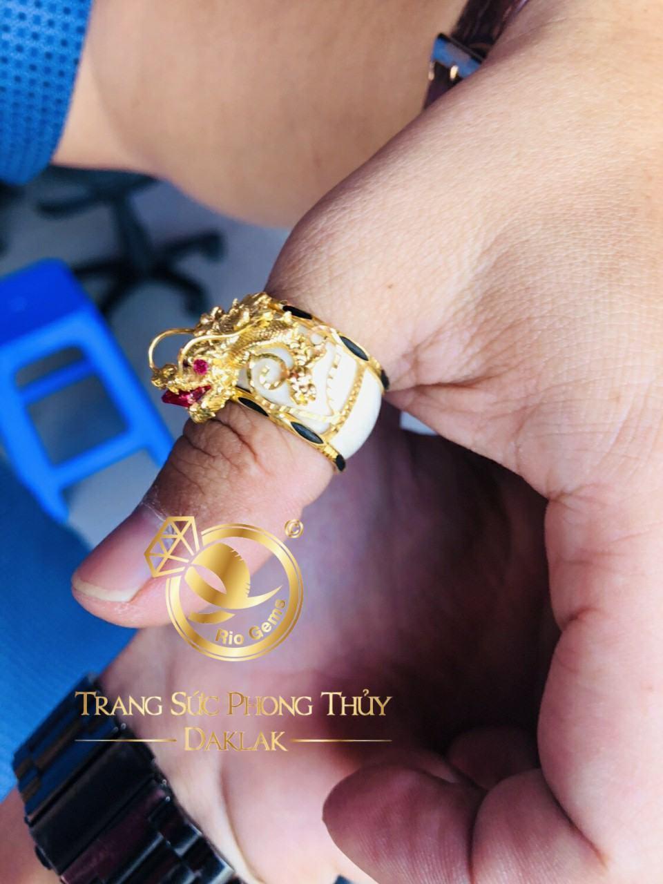 Nhẫn phong thủy đẹp rồng 3D có tay chất