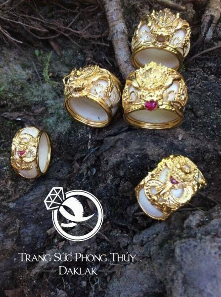 Nhẫn phong thủy đẹp rồng 3D có tay đẹp
