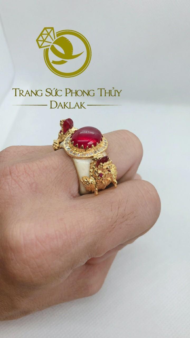 Nhẫn rồng trong phong thủy hình 3D đá đỏ riogems