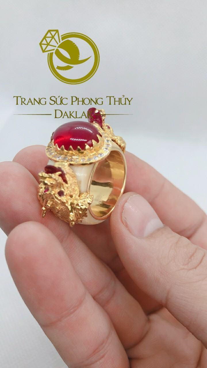 Nhẫn rồng trong phong thủy hình 3D đá đỏ tphcm