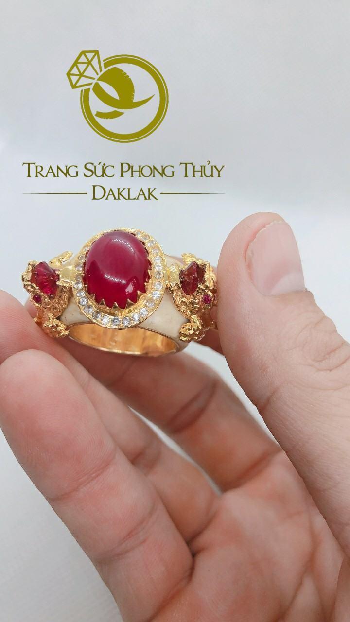 Nhẫn rồng trong phong thủy hình 3D đá đỏ uy tín