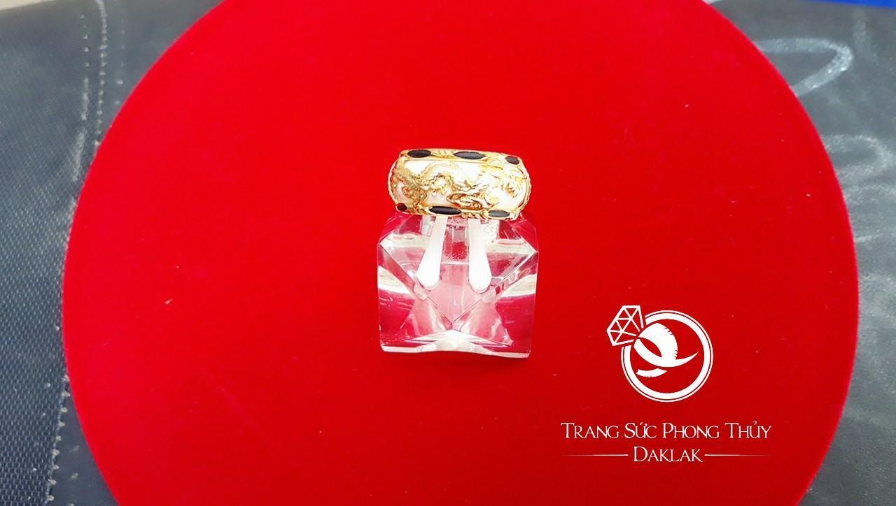 Nhẫn vàng phong thủy giá rẻ rồng ngang đẹp