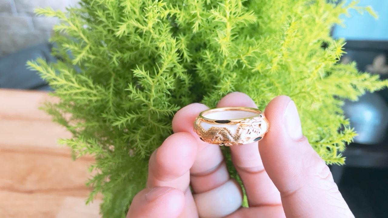 Nhẫn vàng phong thủy giá rẻ rồng ngang may mắn