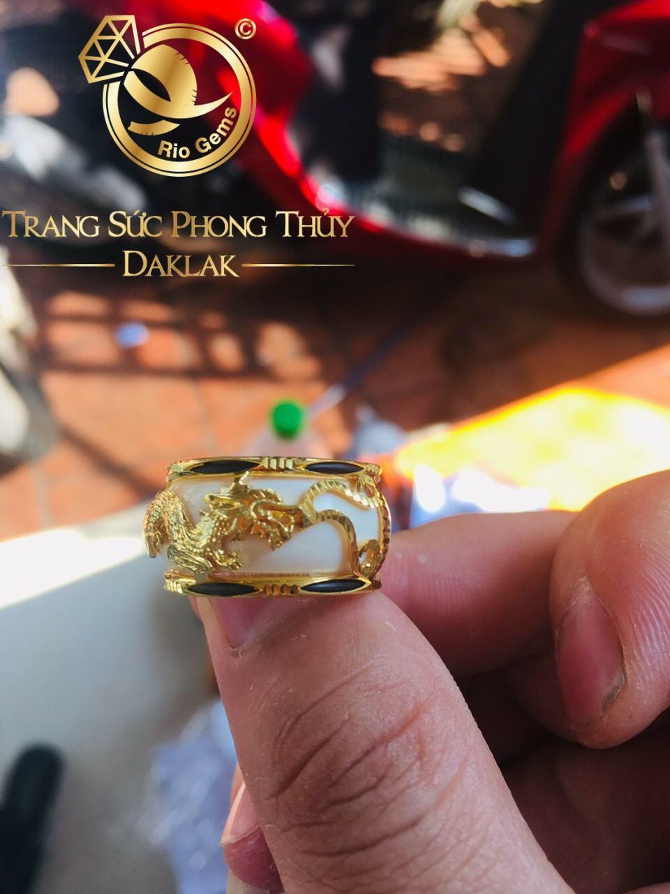 Nhẫn vàng phong thủy giá rẻ rồng ngang tốt nhất