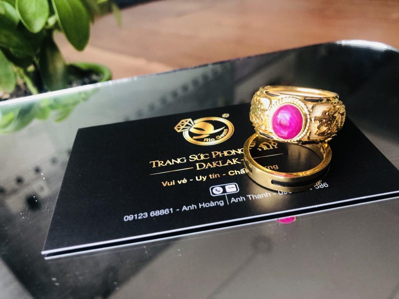Nhẫn rồng rồng vàng 18K chầu ngọc RUBY Thái