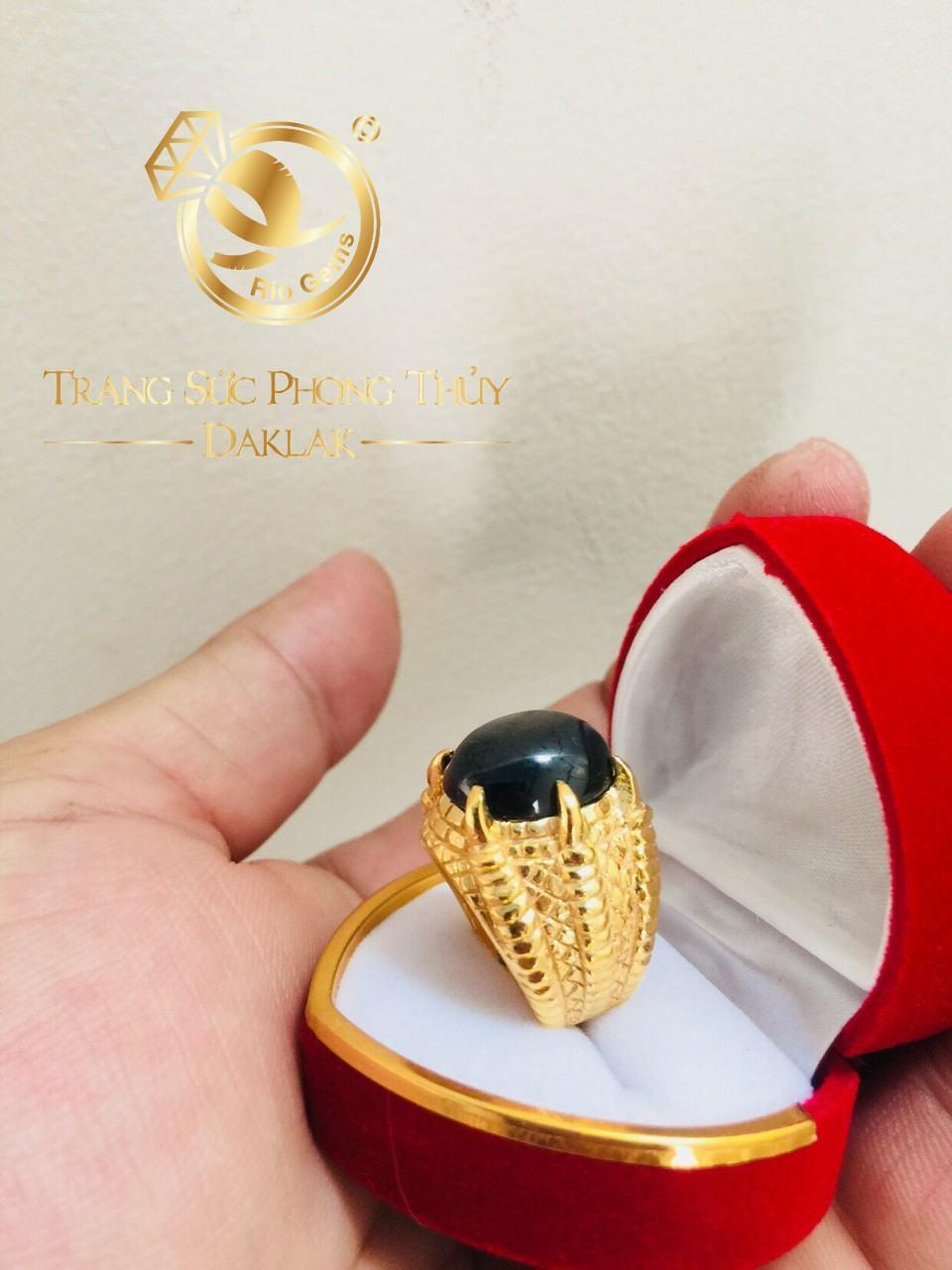 Nhẫn phong thủy theo mệnh Mộc vàng 18K Riogems