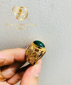 Nhẫn rồng rồng cuộn bay Sapphire xanh lá