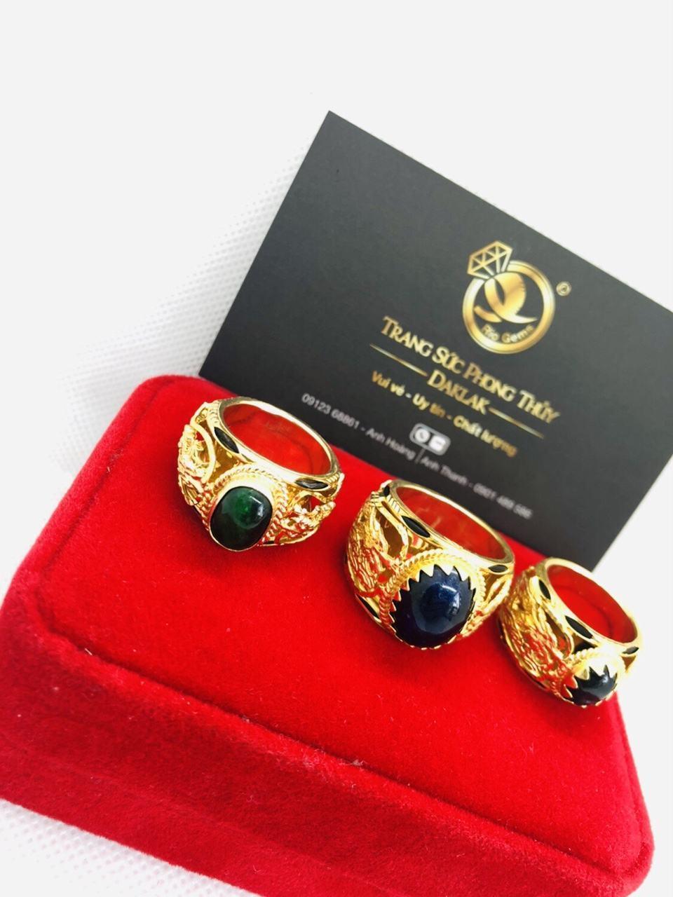 Nhẫn có lông voi song long đá Saphia tự nhiên vàng thật