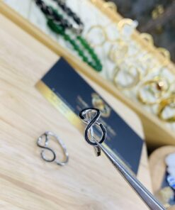 Nhẫn vô cực vàng trắng nữ lông voi phong thủy RIOGEMs