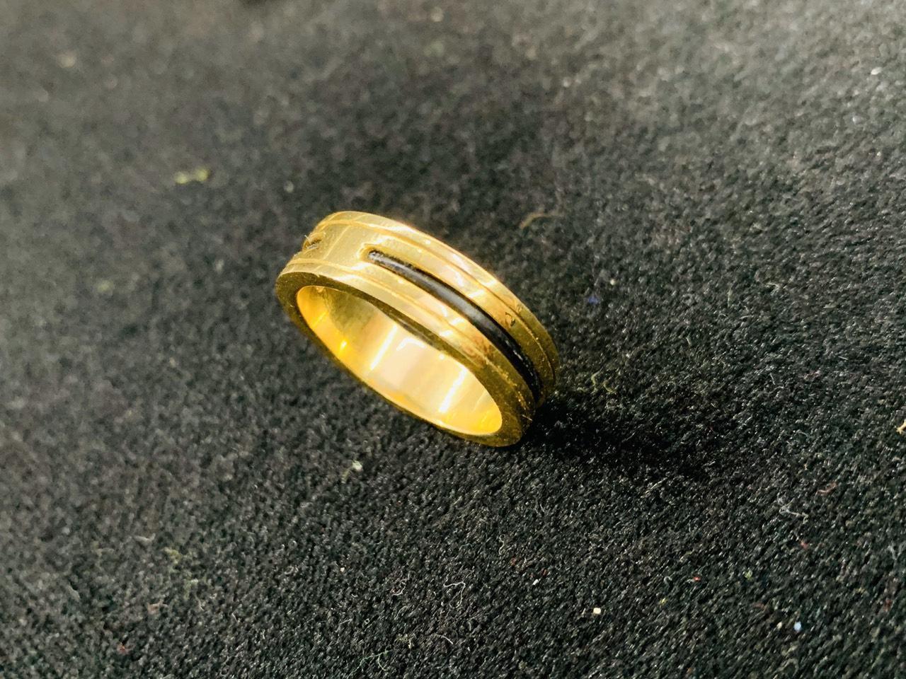 nhẫn đơn lông voi vàng 18K Riogems