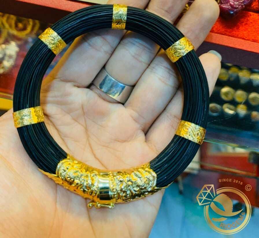 Vòng tay 79 sợi lông bọc vàng 18K (lông FAKE) được gia công tinh xảo