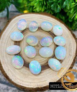 Opal trắng - ngọc mắt mèo phản chiếu ánh sáng cầu vồng ĐẸP nhất HCM