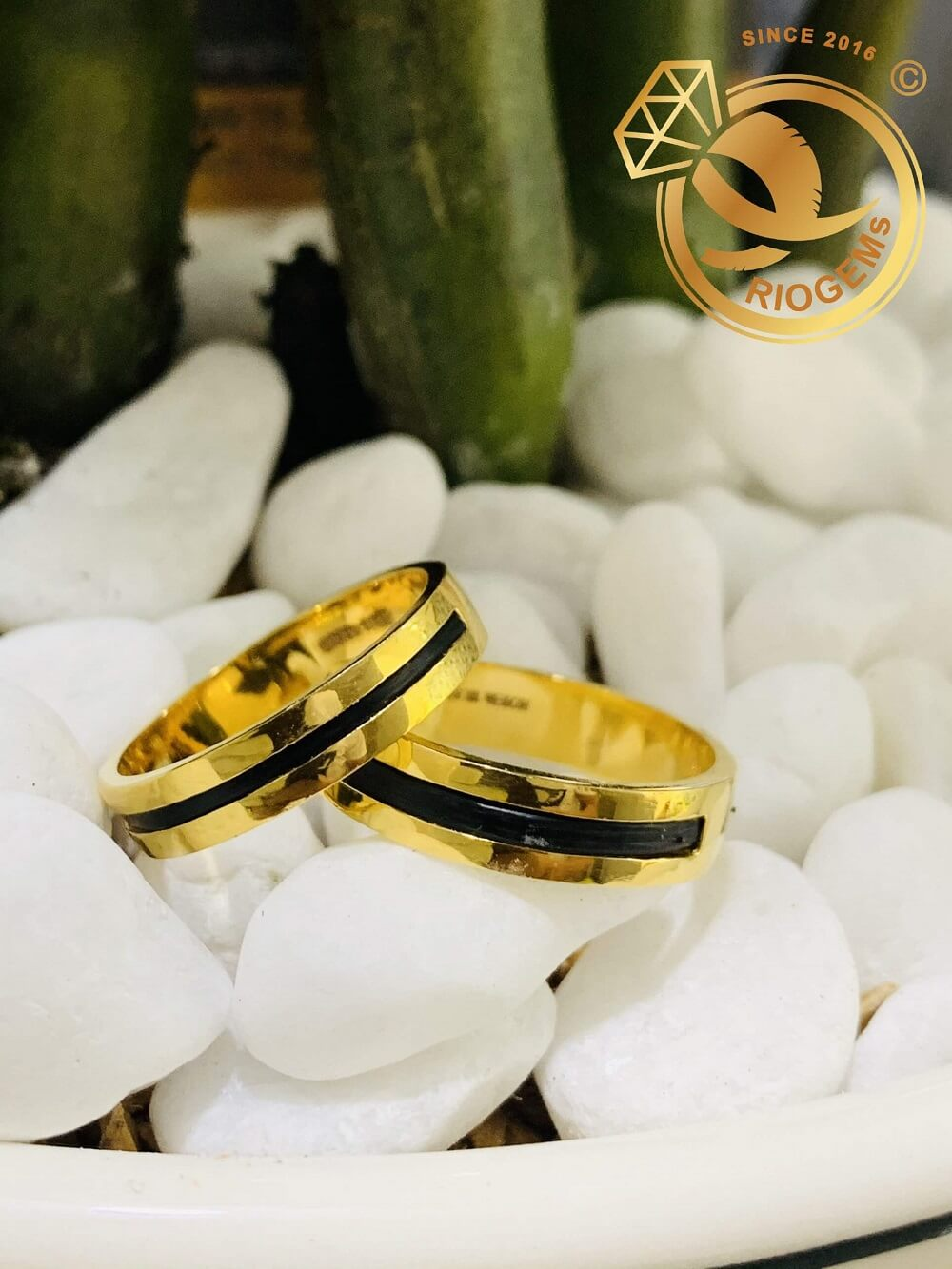 Cặp nhẫn lông voi 1 sợi làm tay vàng 18K chất lượng