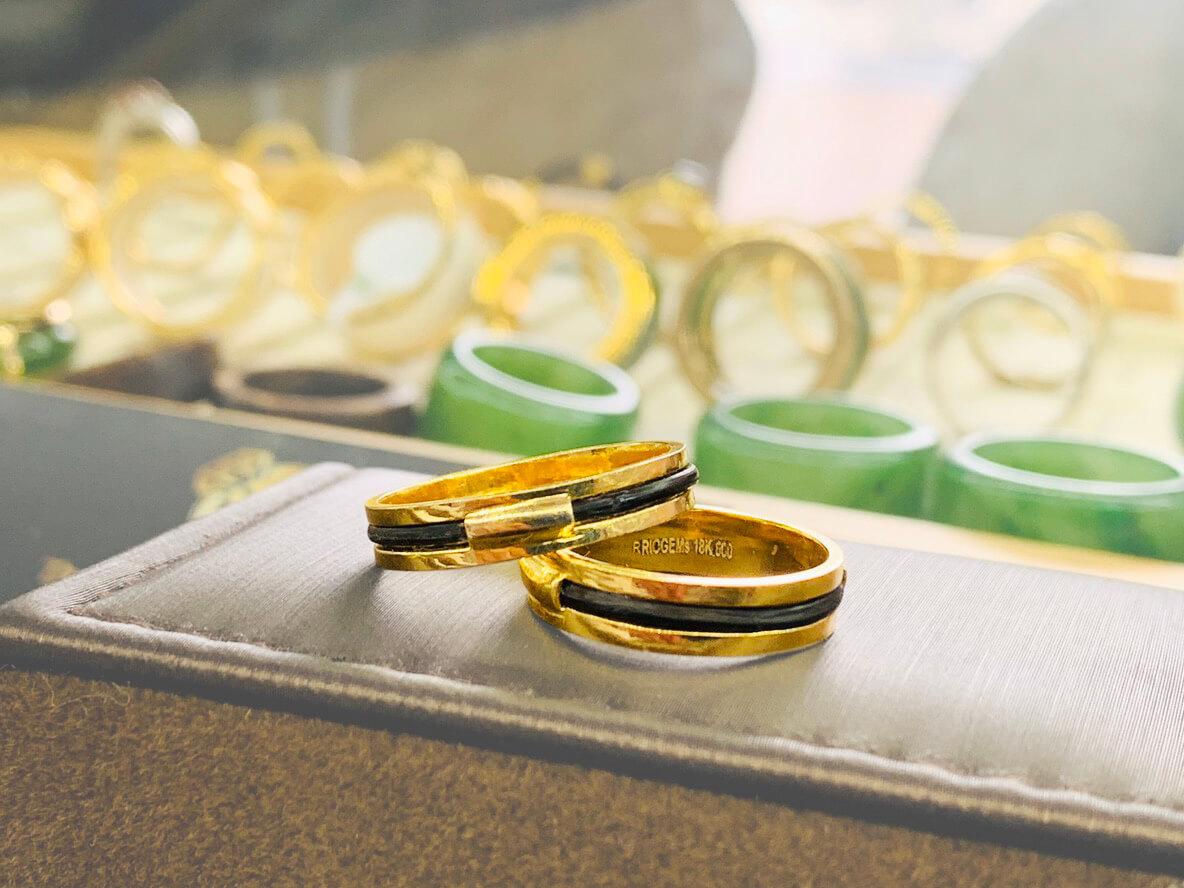 Cặp nhẫn lông voi làm tay 1 sợi làm từ vàng