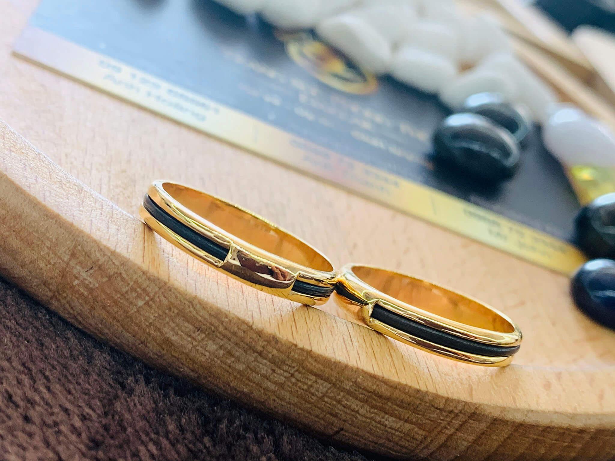 cặp nhẫn lông voi ngoài 1 sợi làm tay vàng 18K gia công tỉ mỉ