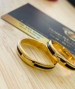 giá thành cặp nhẫn lông voi ngoài 1 sợi làm tay vàng 18K vừa điều kiện tài chính