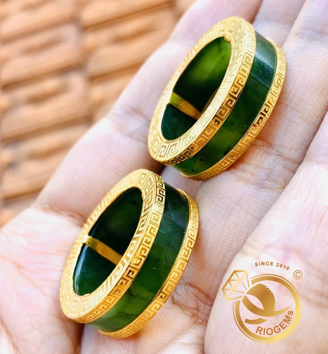 Cặp nhẫn Ngọc Bích 2 viền vàng Hoa Văn phong thủy