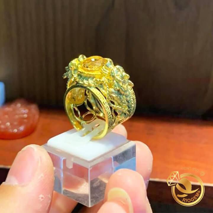 Nhẫn 2 tỳ hưu vàng chầu ngọc Thạch anh vàng chất lượng