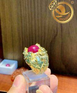 Nhẫn 4 cọp vàng chầu ngọc Ruby giá trị