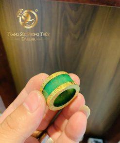 Nhẫn Càn Long Agate 2 viền hoa văn vàng gia công tinh xảo