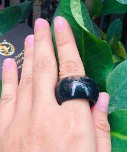 Nhẫn Càn Long Thủy Tảo hợp đeo ngón cái