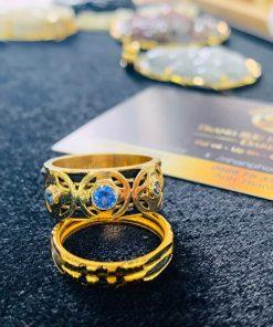 Nhẫn ĐỒNG TIỀN đính đá Cz xanh dương giá trị
