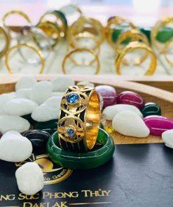 Nhẫn ĐỒNG TIỀN đính đá Cz xanh dương sang trọng