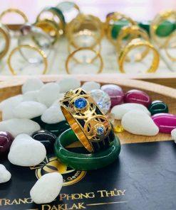 Nhẫn ĐỒNG TIỀN đính đá Cz xanh dương tinh tế