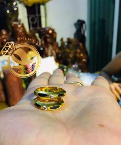 Nhẫn đính hôn vàng 18K bản 6mm luồng 1 lông phong thủy