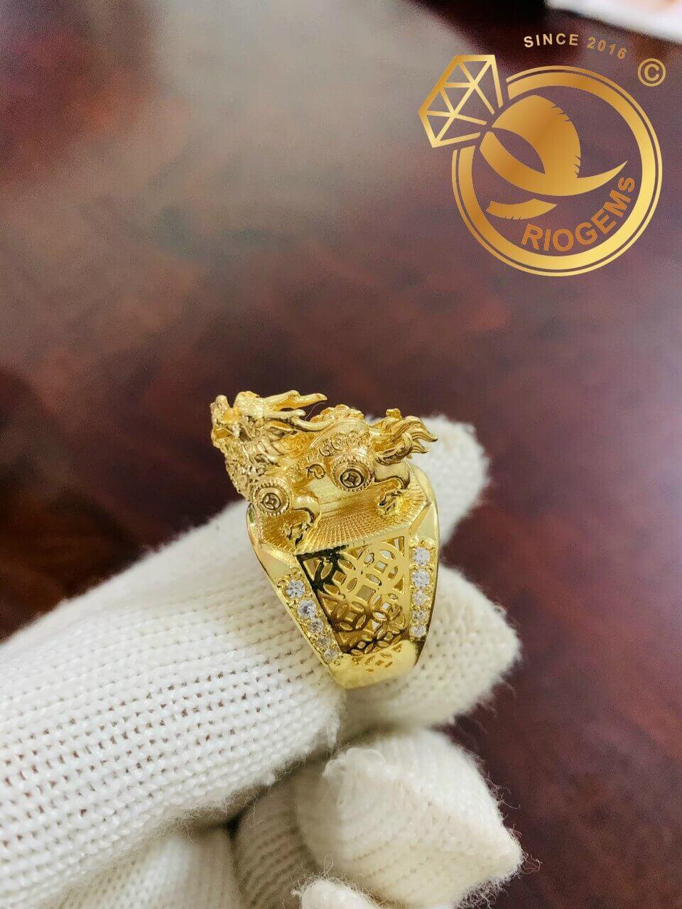 Nhẫn Kỳ Lân 3D vàng nguyên khối do Riogems thiết kế