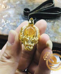 Nhẫn Long Quy Thạch Anh Tóc Vàng Mini được thiết kế tại RIOGEMs