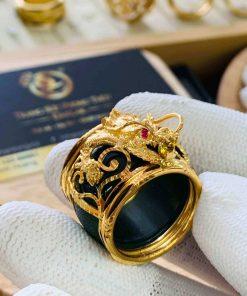 Nhẫn Ngọc Bích ĐẦU RỒNG cánh dơi 2 sợi lông voi được gia công tại Riogems