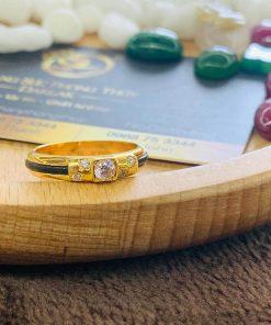 Nhẫn cặp đính 5 viên kim cương sang trọng