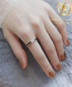 nhẫn lông voi mini làm tay đính đá Cz trắng 1 sợi lông nữ tính