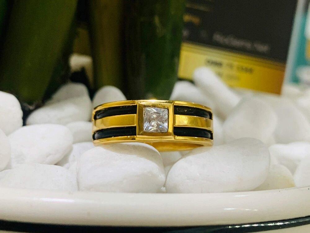 Nhẫn vàng nam mặt đá vuông trắng luồng 2 lông voi FAKE chất