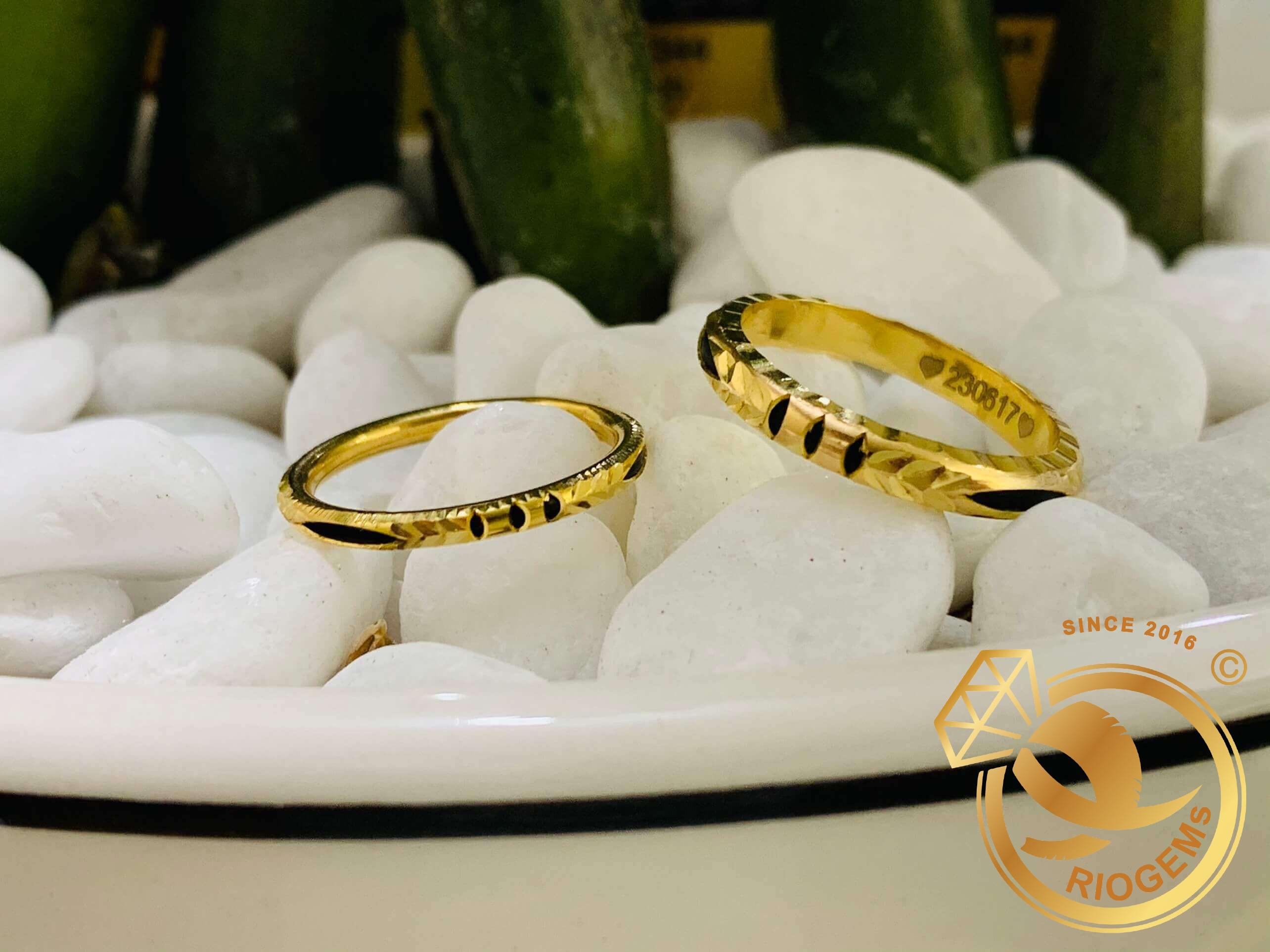 Nhẫn nam nữ luồng 1 lông voi được làm từ vàng tây