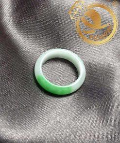 Nhẫn ngọc thúy cẩm thạch Jadeite A tự nhiên
