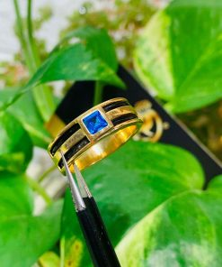 Nhẫn vàng nam mặt đá Topaz vuông xanh dương luồng 2 lông voi thời trang