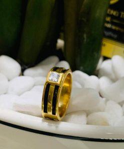 Nhẫn vàng nam mặt đá vuông trắng
