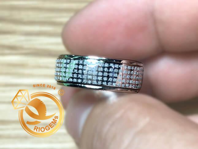 Nhẫn Bát Nhã Tâm Kinh vàng trắng bảng 8li xoay 360 RIOGEMs - Nhẫn phong thủy giúp mua may bán đắt, hóa nguy thành an