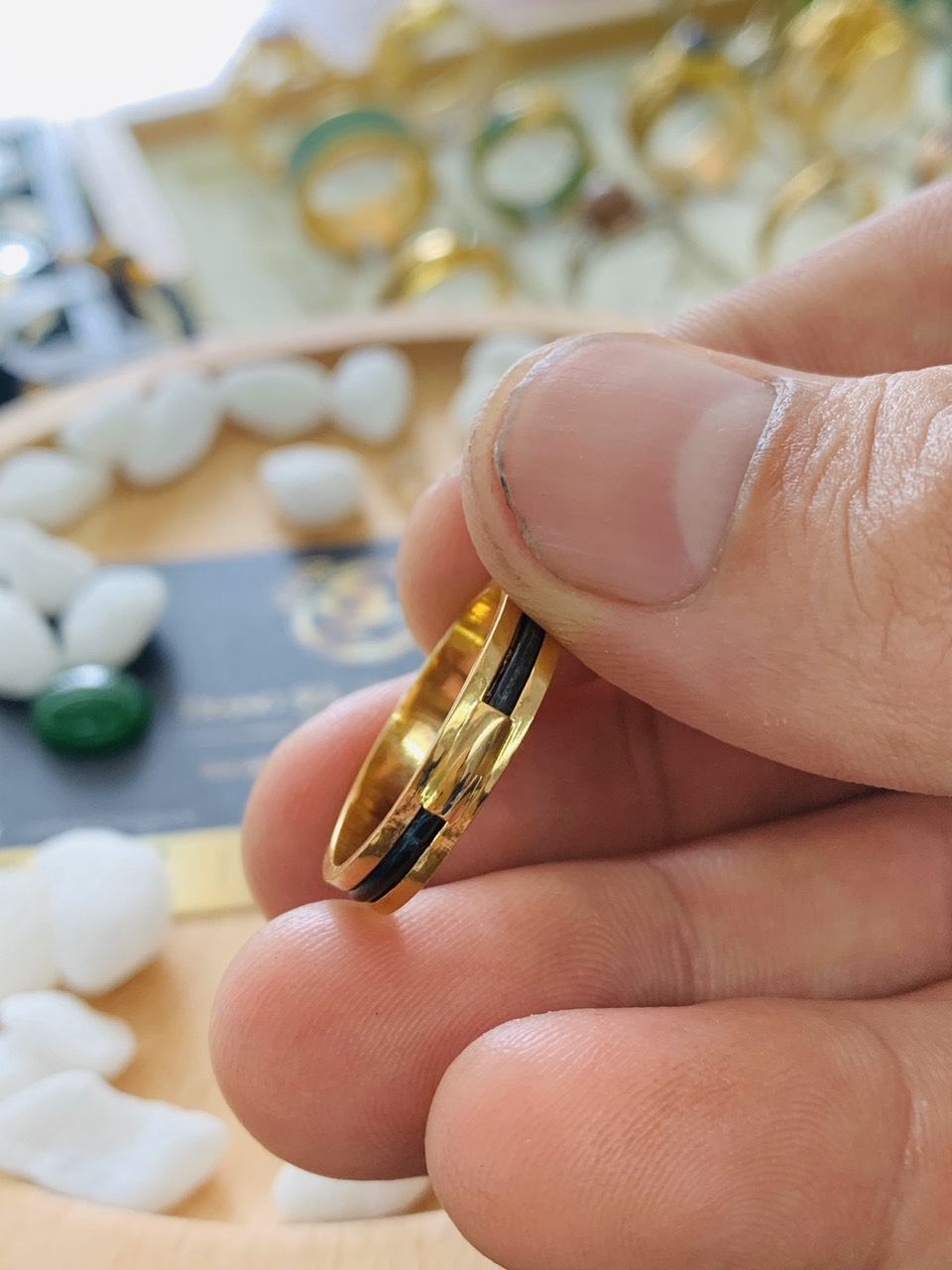 Nhẫn lông voi làm tay 1 sợi không cầu kỳ
