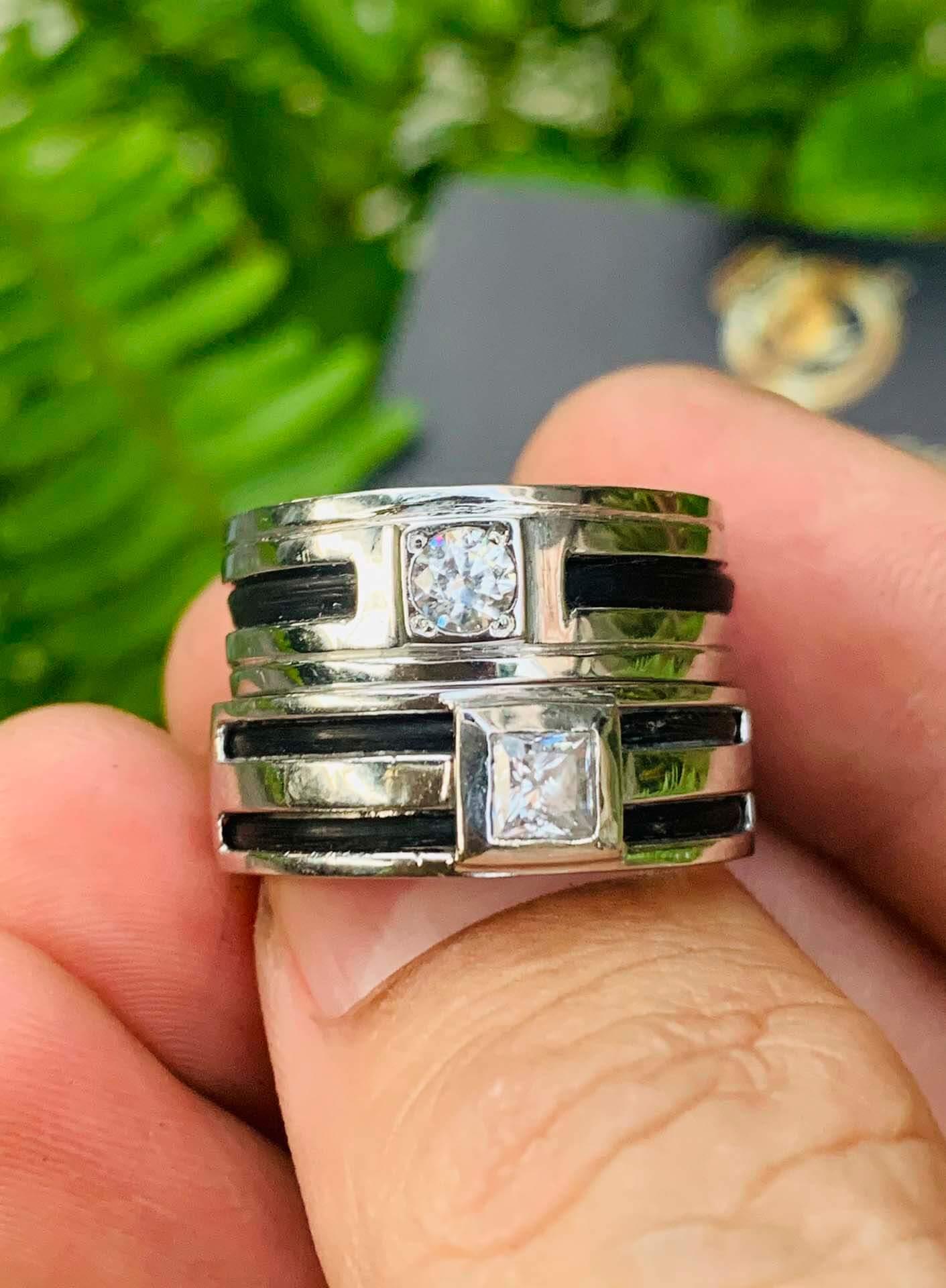 Cặp nhẫn nam vàng trắng phong thủy mệnh Kim - Thủy được đính đá Cz, luồng lông voi sang trọng