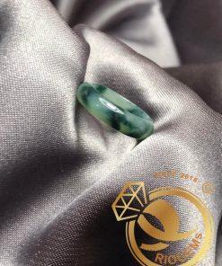 Nhẫn Ngọc Cẩm Thạch điểm THÚY tươi mịn RIOGEMs bảng bo 5li đẹp