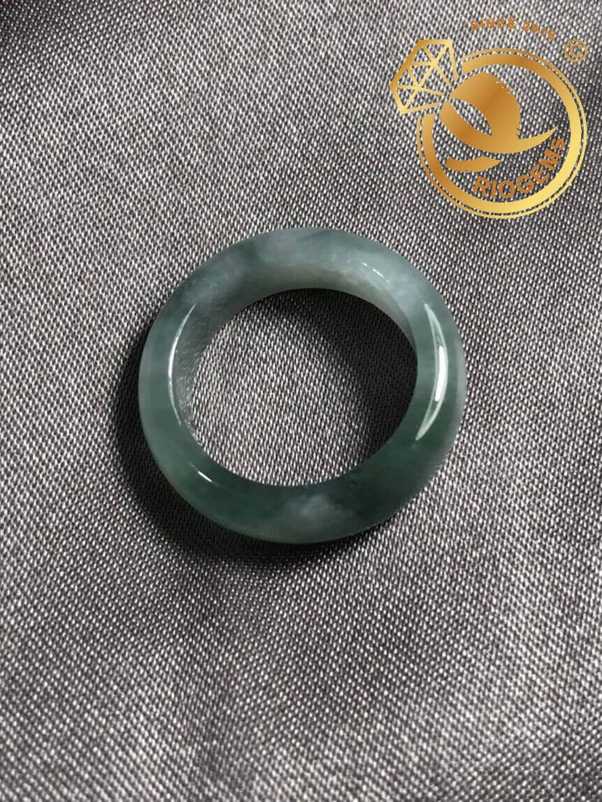 Bạn hãy chọn mua nhẫn Ngọc Lam Cẩm Thạch Jadeite A - bảng bo 8li phù hợp với bản mệnh của mình