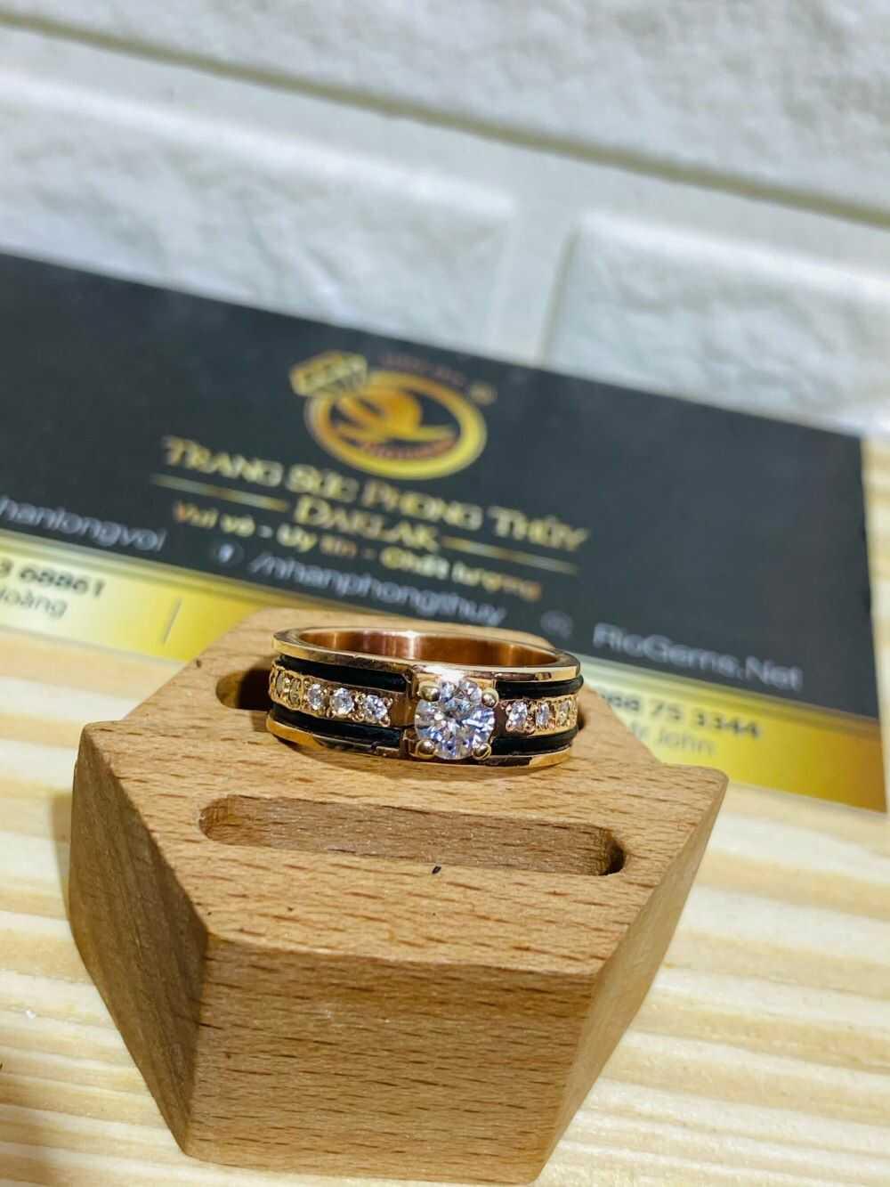 Nhẫn Nữ vàng Hồng đính đá 2 sợi lông voi - lông Fake bắt mắt