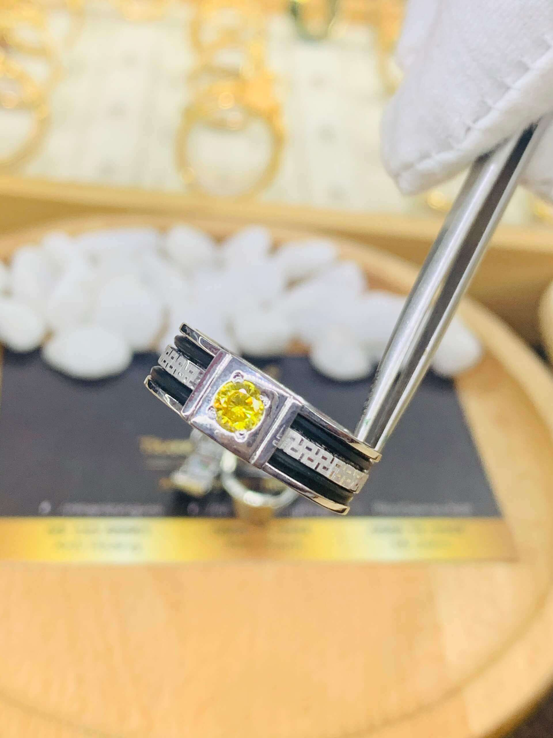 Nhẫn thỏi Vàng vàng Trắng chạy hoa văn đính Cz vàng luồng 2 lông voi phù hợp với người dùng mệnh KIM - THỔ