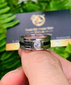 Nhẫn vàng nam mặt đá vuông trắng 18K đính đá Cz tròn bảng 9mm